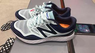 Newbalance shoes NEW