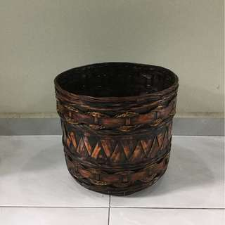 Countryside style rattan and rope basket