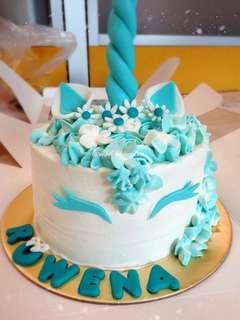 Unicorn cake (turquoise theme)