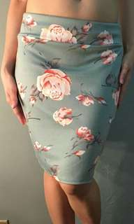 NEW: Floral pencil skirt