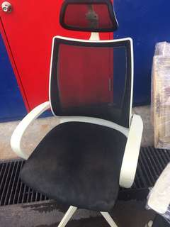 Office Chair with arm rest n rollers