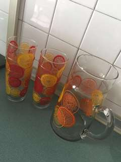 Retro jar with 6 glasses QYOP