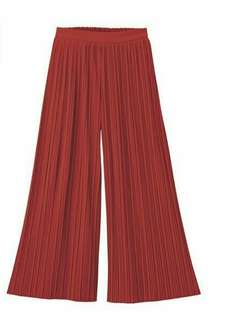 Uniqlo Pleated Merah Bata Trouser Pants