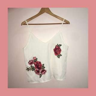 rose embroidery sleeveless top