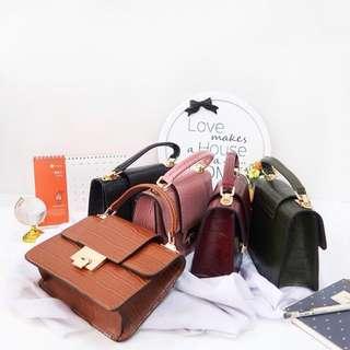 Croco handbag import