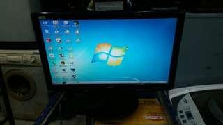 Monitor LCD AOC 18.5 inch bagus