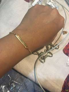 Slim Bracelet in Gold