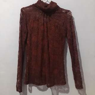 brokat maroon top
