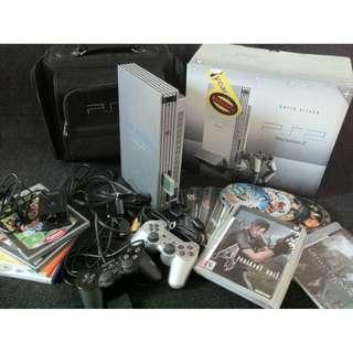 PlayStation 2 (Satin Silver)