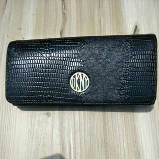 DKNY authentic wallet