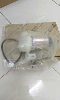 TOYOTA VIOS FUEL PUMP 0165575153