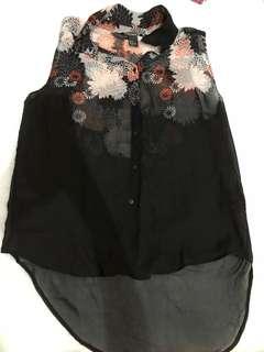 Hnm black floral top