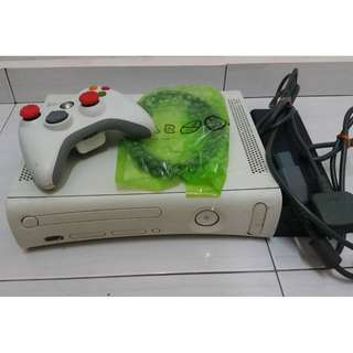 Xbox 360 with  full games
