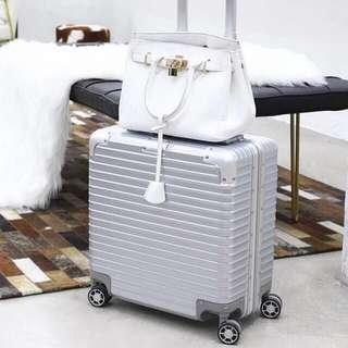 Unique Square Design Cabin Luggage
