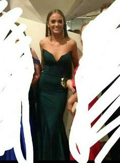 Green formal dress to hire