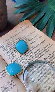 🚚 老奶奶的方塊酥耳針&耳夾式耳環