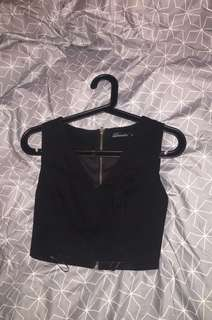 Black v-neck crop top size 8