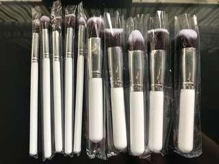 Brand new 10 piece brush set