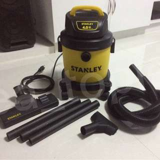 Stanley portable wet/dry vacuum