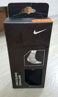 Nike Ankle Sleeve 護踝 M size