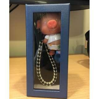 鑰使圈 透明盒裝 高度約13.3cm