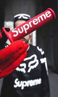 🚚 4:44® SUPREME x FOX RACING MOTOCROSS HAND GRIP 把手 黑/紅