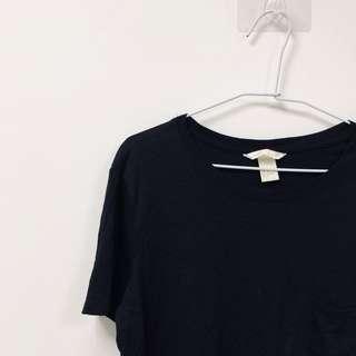 🚚 H&M 黑 簡約 素面 短版 短袖 上衣