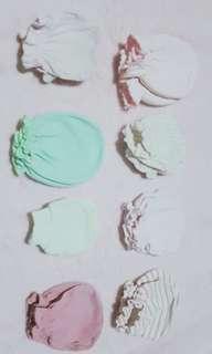 8 pairs St. Patrick Mittens / Set A