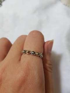 🚚 2 tone Pandora ring with box