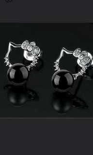 🚚 925銀針 白晶鑽 可愛小貓 黑玉髓耳針一對