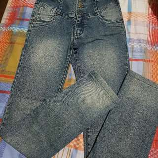 Manggo jeans