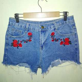 Denim Shorts with Embroided Floral Design