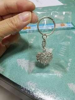 銀色閃閃心型鎖匙扣
