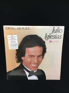 Julio Iglesias - 1100 Belgium Air Place vinyl