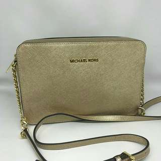 Michael Kors Large Jetset Crossbody Pale Gold sz 24x16x5