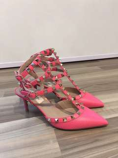 Valentino Rockstud Heels 桃紅色 高踭鞋Real and New Size:35.5Full Set