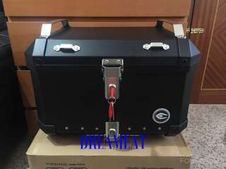 COOCASE X5 BLACK 50L ALUMINIUM TOP CASE(FREE BASEPLATE & BASIC INSTALLATION)(BONUS FREE MOBILE PHONE BLUETOOTH HEADSET)