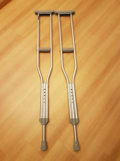 Aluminium shoulder crutches
