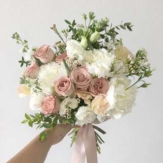 Bridal Bouquet in white peonies with dusty pink roses with mix fillers / Premium bridal bouquet