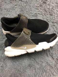 🚚 Nike襪套鞋 九成新