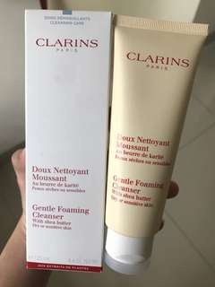 Clarins Gentle Foaming Cleanser - Dry or sensitive skin