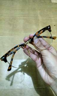 Brown gold frame elegant eye glasses Ray Ban inspired