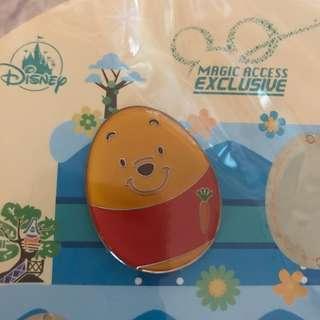 Winnie the Pooh迪士尼樂園襟章