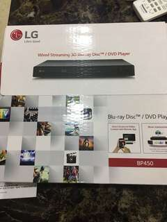 LG Blu-ray Player Wired Streaming / DVD player