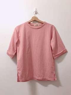 🚚 粉色上衣