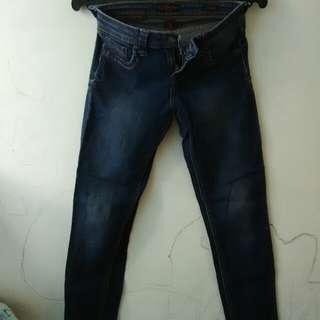 RRJ jeans