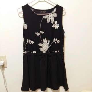 花朵刺繡洋裝