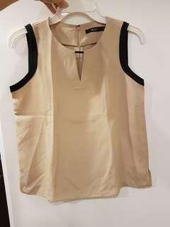 G2000 beige blouse