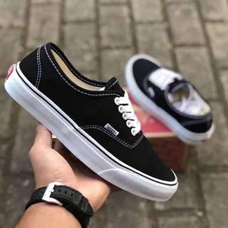 Vans Authentic Classic #mausupreme