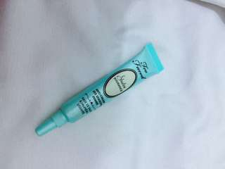 Too Faced Anti Crease Eyeshadow Primer